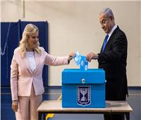 صور  بنيامين نتنياهو وزوجته يدلون بأصواتهم في الانتخابات الإسرائيلية