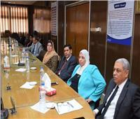 رئيس جامعة المنوفية يجتمع بعمداء الكليات