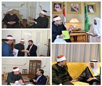 صور| وزير الأوقاف يعقد سلسلة من اللقاءات الثقافية مع ضيوف «الأعلى للشئون الإسلامية»