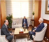 محافظ بورسعيد يستقبل رئيس الهيئة الاقتصادية لقناة السويس