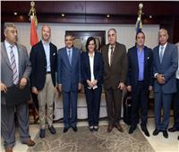 بروتوكول تعاون بين هيئة قناة السويس والزراعة لتصدير «الأسماك»