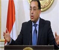 مدبولي و 6 وزراء يتفقدون وحدة صحة الكويت ببورسعيد