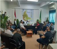نائب محافظ القليوبية تعقد اجتماعاً مع متعهدي النظافة بشبرا الخيمة