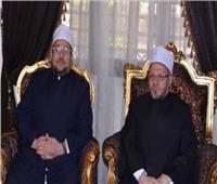 وزير الأوقاف ومفتى الجمهورية يؤديان صلاة الجمعة في دمنهور