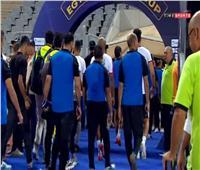 السوبر المصري| لاعبو الزمالك يغادرون الملعب ويرفضون استلام الميداليات