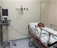 صور| تعليق أحمد فهمي على مرض هنا الزاهد ونقلها للمستشفى في شهر العسل