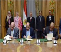 «العصار» يشهد توقيع عقد إتفاق لتأسيس شركة تعمل في مجال الصوب الزراعية