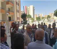 وزير الإسكان يفتتح مدرسة الفيوم الجديدة للتعليم الأساسى