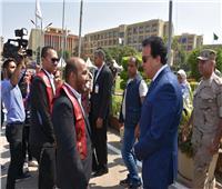رئيس جامعة عين شمس يؤكد استمرار خطة تطوير الجامعة دون إرباك العملية التعليمية