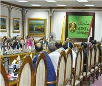 مجلس عمداء طارئ استعدادًا لبدء العام الجامعي الجديد بالمنيا