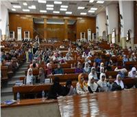 انتظام الدراسة بكليات جامعة القاهرة في اليوم الأول