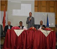 نائب رئيس جامعة عين شمس يؤكد أهمية بناء العقل الواعي للطلاب