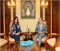 وزيرة الهجرة تستقبل محمود عزمي الخبير في مجال التعليم بأمريكا