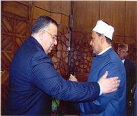 نقيب الأشراف يهنئ الإمام الأكبر على عودته سالمًا إلى أرض الوطن