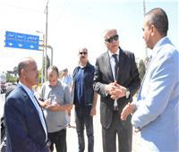 محافظ المنيا يحُيل مدير مدرسة للتحقيق خلال جولة بمركز أبو قرقاص