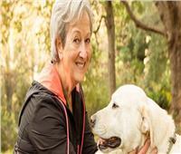 ٤ فوائد من تربية كبار السن للحيوانات.. ضغط الدم مفاجأة