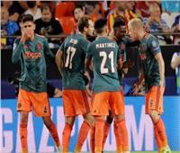 أياكس أمستردام يعزز صدارته بالدوري الهولندي