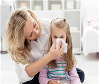 3 نصائح هامة لحماية طفلك من تطورات نزلات البرد