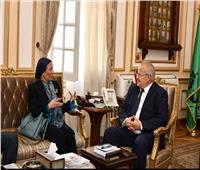 رئيس جامعة القاهرة ووزيرة البيئة يبحثان سبل التعاون
