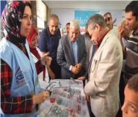 «محافظ مطروح» يتابع انطلاق مبادرة «نور حياة» بالمدارس الإبتدائية