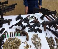 مباحث المطرية تضبط عاطل حول منزل للاتجار بالأسلحة النارية والذخائر