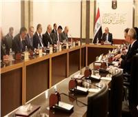 العراق يعين وزيرين جديدين بعد تعهد رئيس الوزراء بإصلاحات شاملة