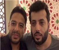 حماقي يحضر مفاجأة مع «آل الشيخ».. والأخير: «الملعب فاضي لعمرو مصطفى»