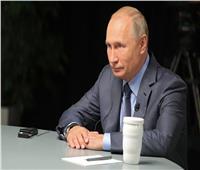 الإمارات وروسيا توقعان مذكرة تفاهم في مجال خدمات النقل الجوي