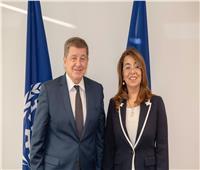 غادة والي تلتقي رئيس منظمة العمل الدولية