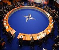 رئيس جهاز الأمن الوطني الكويتي يبحث مع مسؤول بـ«الناتو» التعاون المشترك