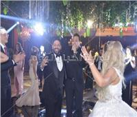 صور| حكيم وأوكا وأورتيجا يشعلون زفاف «شريف ولينا»