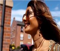 فيديو  فتاة بريطانية تتحدى «الصدفية» بـ«إنستجرام»