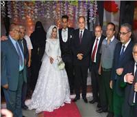 محافظ الغربية يحضر حفل زفاف احدي بنات التضامن الاجتماعي بالغربية