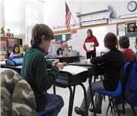 25 ألف معلَم أمريكي يعتصمون في مدارسهم للمطالبة بزيادة الأجور