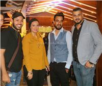 صور| صناع الأغنية يحتفلون بافتتاح أحد كافيهات الشيخ زايد