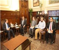 وزير الزراعة يبحث مع سفير لبنان فتح الأسواق اللبنانية أمام المانجو المصرية