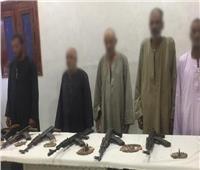 ضبط ٥ أشخاص و٨ قطع سلاح في حملة أمنية بأسيوط