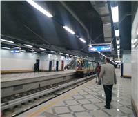 صور| مرور أول قطار مترو بمحطة هليوبولس في الخط الثالث