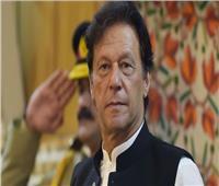 رئيس وزراء باكستان يدين إطلاق الهند النار على مدنيين في إقليم كشمير