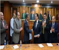 ناصر ورزق يوقعان بروتوكول رعاية «أخبار اليوم» للمؤتمر الدولي لمكافحة الفساد الرياضي