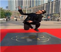 أحمد حلمي عن افتتاح «ممر مشاهير دبي»: «متزعلوش لو صحيتوا ملقتوش الرصيف»