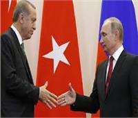 موسكو وأنقرة يبحثان الأطراف التي ستشرف على مناطق النفط شمال سوريا