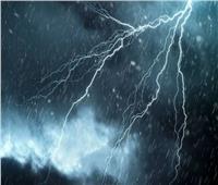 بسبب الأمطار .. فرق طوارئ على مدار اليوم لتلقى شكاوى انقطاع الكهرباء