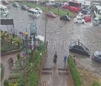 فيديو| استمرار هطول الأمطار على شرق مدينة نصر وغرق جراج «هيئة النقل العام»