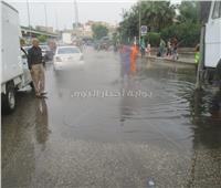 صور| حي حدائق القبة يُكثف أعمال شفط مياه الأمطار