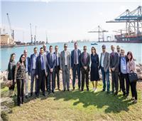 وفدان إيطالي وصيني يزوران مشروعات اقتصادية قناة السويس