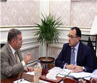 رئيس الوزراء يناقش مع وزير قطاع الأعمال ملفات العمل