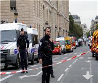 الشرطة الفرنسية: المشتبه بإطلاق الرصاص على مسجد له صلات باليمين المتطرف