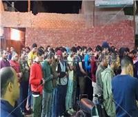 بعد واقعة «قطار الإسكندرية».. خبير قانوني يكشف عقوبة في انتظار الكمسري المتهم