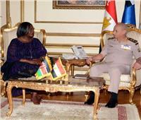 وزيرا دفاع «مصر وكينيا» يبحثان التعاون العسكري بين البلدين